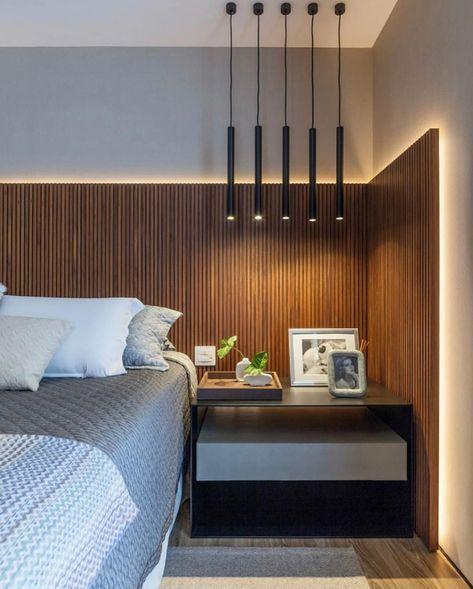 Cabeceira Maravilhosa Ripadinhos Amadeirado Otima Iluminacao Em Fita De Led E Pe Master Bedroom Interior Design Modern Interior Decor Interior Design Bedroom