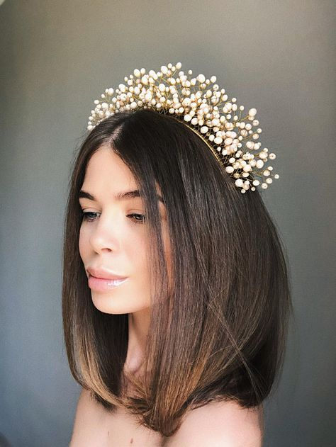 Designed by Kryle. You are going to look gorgeous, stunning and special everywhere and always in this tiara. ♥ This beautiful tiara made with high-quality crystals different sizes, gold plated wire, gold eco leather and metal headband.