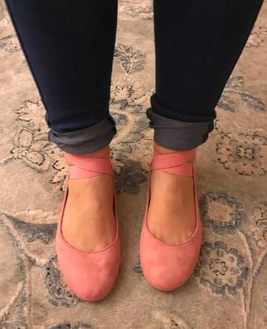 Womens wide shoes, Wide feet shoes