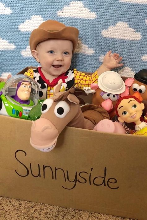 This Dad Has Dressed His Son Up in So Many Disney Costumes, It's Impossible to Pick a Favorite Baby Boy Photos, Newborn Pictures, Baby Pictures, Disney Baby Costumes, Disney Toys, Baby Disney, Toy Story Baby, Toy Story Movie, Baby 1st Birthday