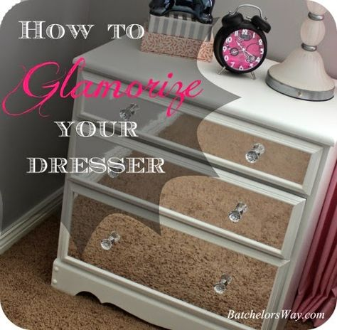 Batchelors Way: Glam Room - Nightstands- using mirror contact paper!!!