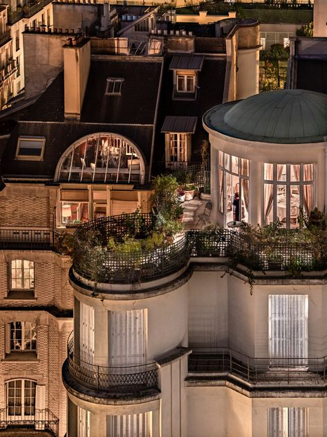 Paris Rooftops, Casa Loft, City Aesthetic, Dream Apartment, Penthouse Apartment, Rooftop Terrace, Outdoor Balcony, My Dream Home, Dream Life