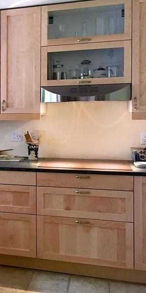 8 Best Hardware Styles For Shaker Cabinets Shaker Style Kitchen Cabinets Shaker Style Kitchens Kitchen Cabinet Styles