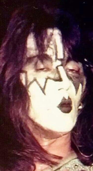 Pin By Jacob Jones On Kiss In 2020 Ace Frehley Ace Halloween