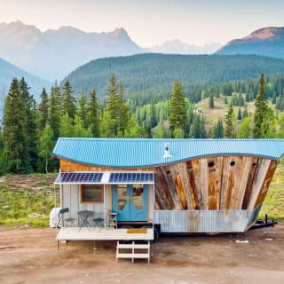 8 Of The World S Most Stunning Micro Houses In 2021 Tiny House Small House Micro House