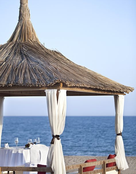 Private dinner on the beach, Kempinski Hotel The Dome