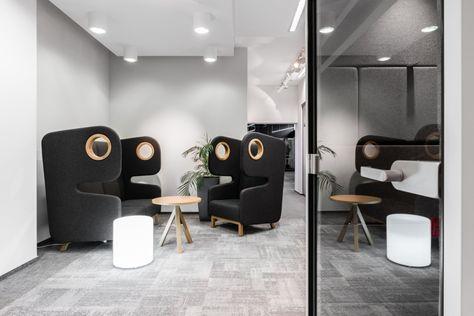 Design Bank En Fauteuil.Akoestische Bank Stoel Met Een Speels Design Packman