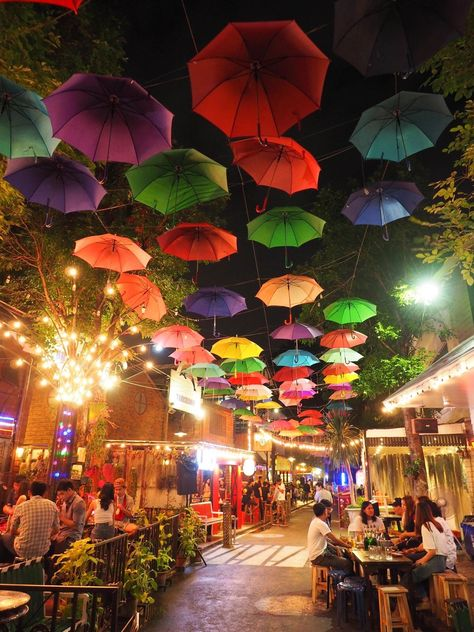 Chiang Mai, Thailand - Visit Travel Den for amazing city breaks
