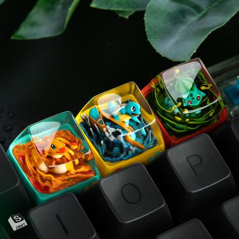 Didn't know I wanted these Pokemon keycaps : DidntKnowIWantedThat Gaming Room Setup, Computer Setup, Pc Setup, Diy Resin Art, Diy Resin Crafts, Diy Mechanical Keyboard, Cool Electronic Gadgets, Otaku Room, Key Caps