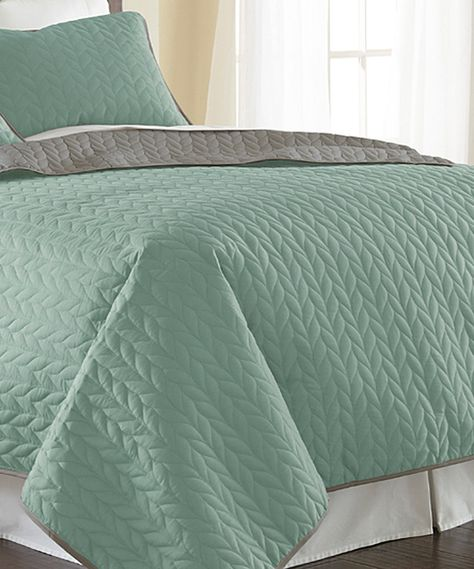 3 Piece Reversible Quilted Coverlet Set Microfiber Jade//Atmosphere King