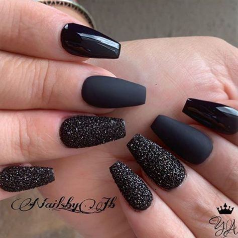 Total Black With Glitter Accent ❤ 35 Outstanding Short Coffin Nails Design Ideas For All Tastes ❤ See more ideas on our blog!! | black nails with gold accent nailart #naildesignsjournal #nails #nailart #naildesigns #coffinnails #shortnails #shortcoffinnails
