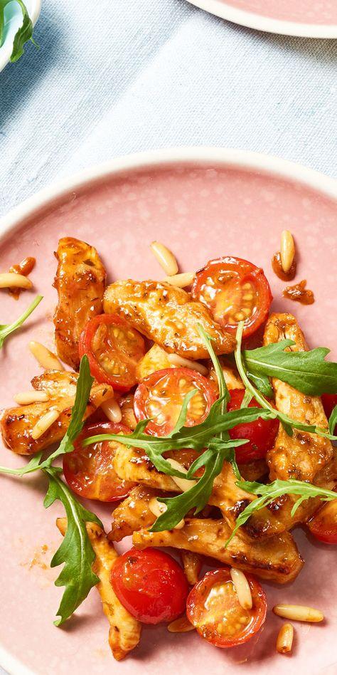 Das Rucola Tomaten Hähnchen ist ein tolles, schnelles Rezept zum