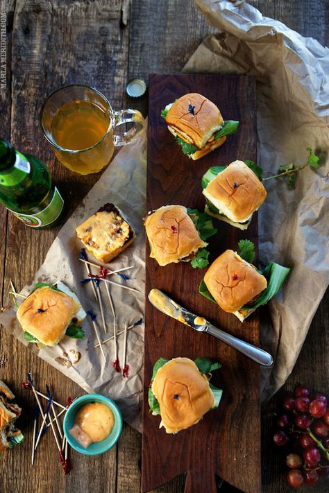 Grilled Thai Spice Chicken Sliders with Sriracha Mayo | FamilyFreshCooking.com #FathersDay #July4th