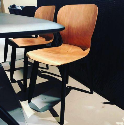 Linteloo Eettafel Stoelen.Linteloo Ishi Dining Chair Design Roderick Vos Claire Vos