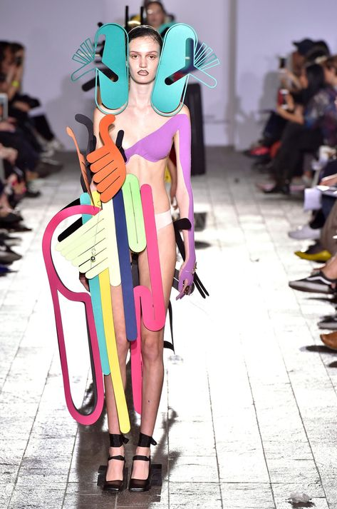 Xiaoming Shan - The 15 best designers from Central Saint Martins BA Fashion show