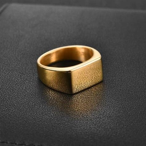 This brilliant ring is a recognizable classic men's style. A slim band meets a flat bar to make a subtle stylish statement. Pair this bold stunning ring with your latest fashion find and you will surely get noticed. Get 2 to twin with your best buddy!