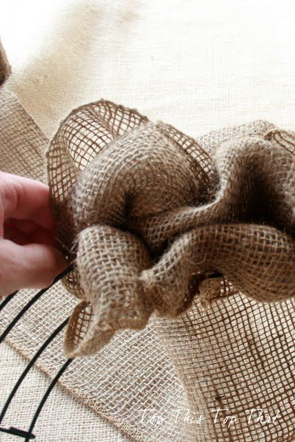 Top This Top That: The Easiest Burlap Wreath You will ever make. Great universal base for all the different holidays.