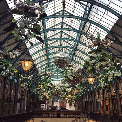 mistletoe 🎀 #love #baubles #london...