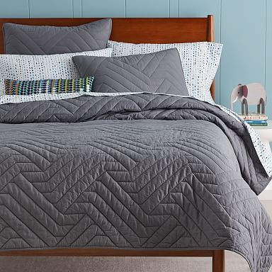 Modern Quilts Coverlets West Elm In 2020 Quilted Sham Duvet Cover Pattern Quilted Coverlet
