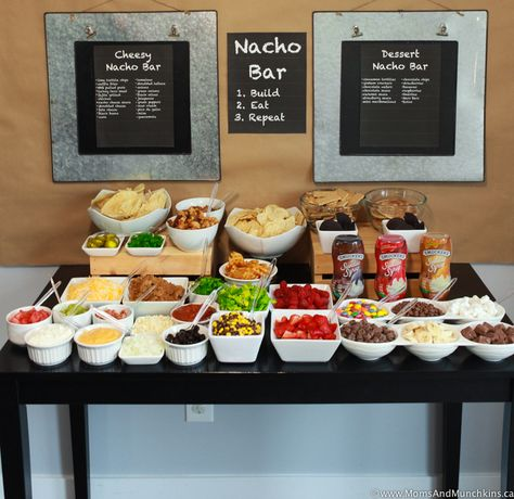 Ideas - A Tasty Game Day Party Buffet Nacho Bar Ideas including both a cheesy side and a dessert side. A great party buffet idea!Nacho Bar Ideas including both a cheesy side and a dessert side. A great party buffet idea! Dessert Nachos, Dessert Party, Buffet Party, Party Food Bars, Ideas Party, Taco Bar Buffet, Bar Food, Work Party, Nacho Bar