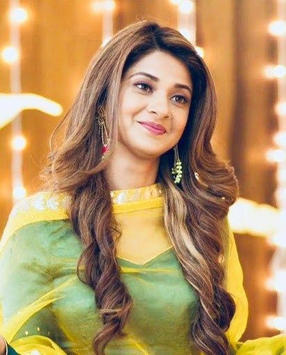 Jennifer Winget Wiki Biography Age Height Family Relationships Husband Net Worth And Facts Jennifer Winget Indian Actresses Desi Beauty