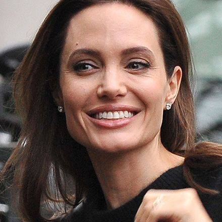 Pin On Angelina Jolie