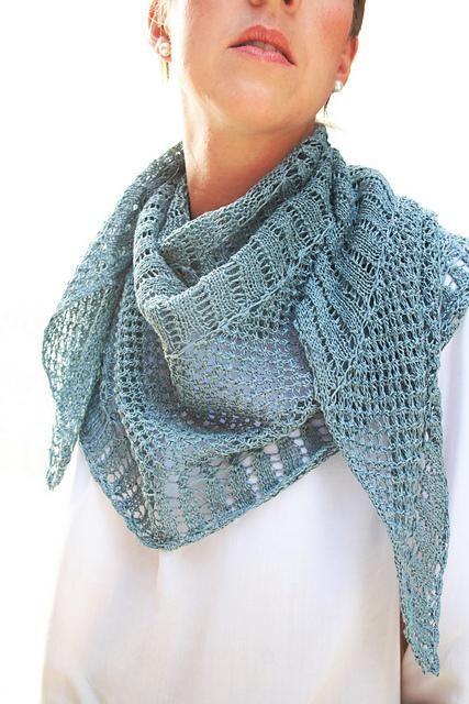 tra qualche giorno miglior valore reputazione affidabile IL FILO CHE CREA: Un meraviglioso scialle a maglia ...