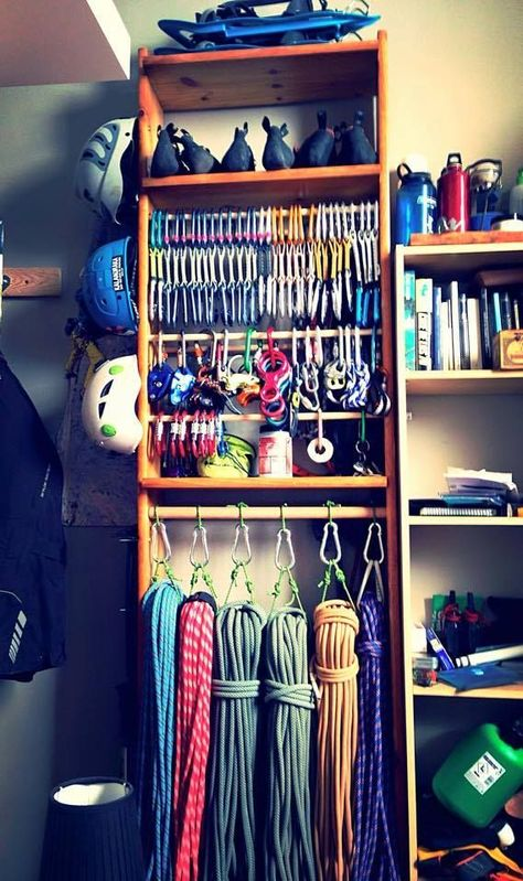 16 Things Climbers Can Do At Home When You'd (Obviously) Rather Be Rock Climbing - Dare To Be A Wildflower Rock Climbing Training, Rock Climbing Workout, Rock Climbing Gear, Rock Climbing Walls, Indoor Climbing Wall, Ice Climbing, Aspen, Bookshelves, Bookcase