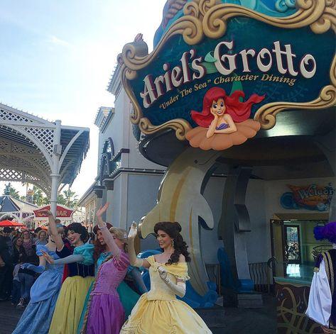 happy Got to catch Cinderella, Snow...