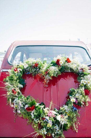 Autoschmuck Herz Bildergalerie Mit Vielen Beispielen Und Ideen Autodeko Hochzeit Autoschmuck Hochzeit Herz Hochzeit