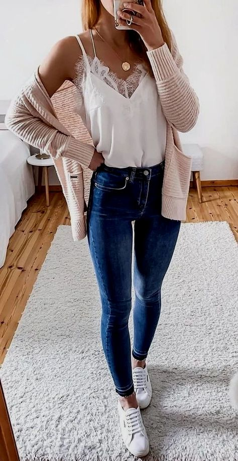 Cute Casual Spring Outfits 2020: Trends & Pretty Looks | Casual Summer Outfits Women | Are you looking for spring outfits women inspiration? Or perhaps you're after spring outfits for teen girls or spring outfits casual? Whatever it is that you're after, you'll find the best spring outfits 2020 women and spring fashion in this blog post! #springoutfits #springoutfitswomen #springoutfits2020 #casualoutfits #springfashion #casualoutfits #summeroutfits