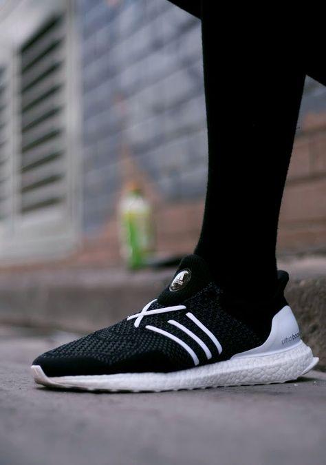 buy online a6ca1 70604 Pin de Max en Sneakers   Pinterest   Zapatillas nike, Zapatos y Moda