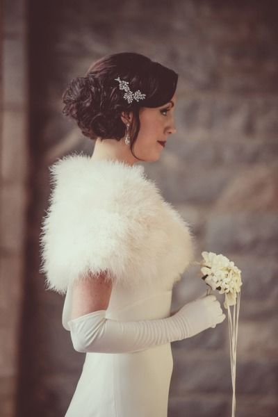 Winter meets vintage, love it! Winter Bridal Looks   15 Looks to Fall In Love With - KnotsVilla