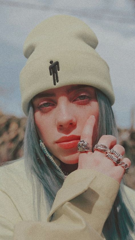 ❤️ 🧡 💛 Billie Eilish' s Wallpaper ❤️ 🧡 💛 Bad Girl Aesthetic, Red Aesthetic, Aesthetic Pictures, Billie Eilish, Billie Piper, Cute Wallpapers, My Idol, Sketches, Celebs