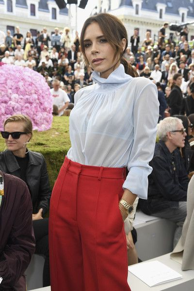 Victoria Beckham attends the Dior Homme Menswear Spring/Summer 2019 show as part of Paris Fashion Week.