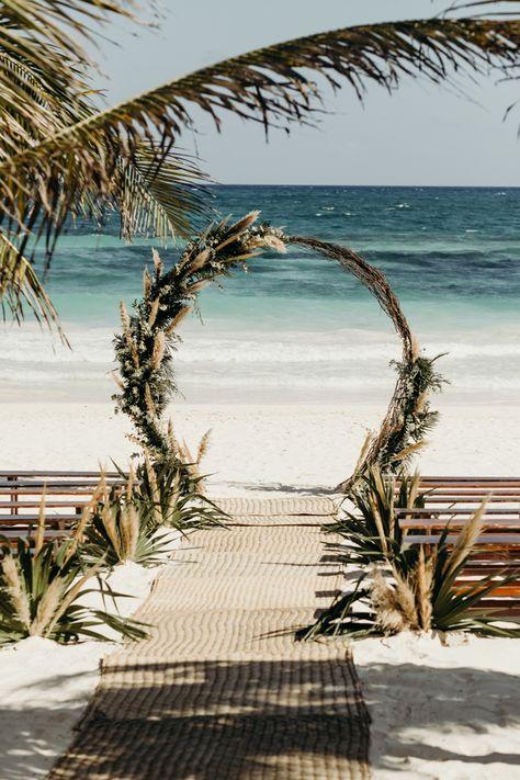 Beach Ceremony, Ceremony Backdrop, Wedding Ceremony, Beach Wedding Arches, Beach Backdrop, Beach Wedding Colors, Wedding Backdrops, Backdrop Ideas, Beach Wedding Decorations
