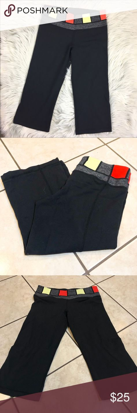 236e828eb58998 Lululemon Reversible cropped groove leggings Lululemon Reversible cropped  groove leggings Size 8 Grey/gray red