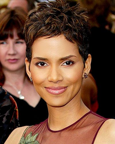 Halle Berry, 2002 Sometimes it's the simplest things that are just so right: Rumpled pixie, coppery shadow, glossy lips.