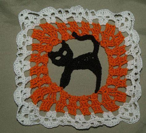Halloween Decoration 4 pieces Crochet Ghost potholder hotpad Bat Witch Mini Ghost Applique