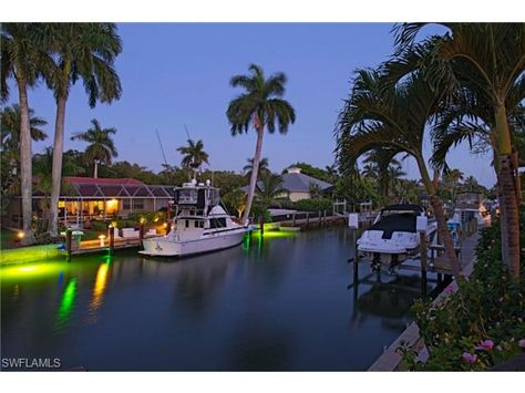 1863 snook dr naples fl 34102 night time on the canal in royal rh pinterest ie what to do in naples fl for a day what to do in naples fl for a day