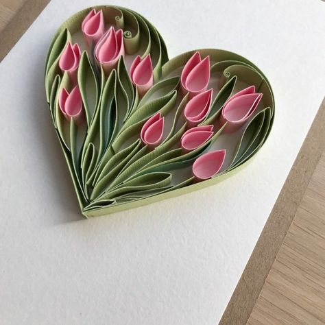 Step By Step Guide On How To Make Paper Quilling Flowers – Quilling Techniques Paper Quilling Cards, Paper Quilling Flowers, Paper Quilling Patterns, Neli Quilling, Quilled Paper Art, Quilling Paper Craft, 3d Paper, Quilled Roses, Quilling Ideas