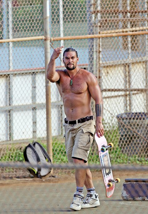 Jason Momoa fan — celebritiesofcolor:   Jason Momoa skateboarding in...