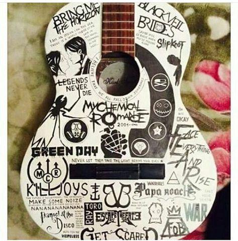 This guitar is sooo cool omg