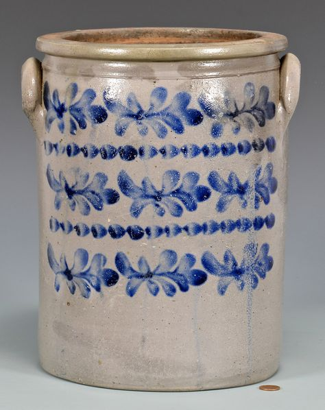 Kentucky cobalt decorated stoneware pottery jar with rounded lug handles, cylindrical form. Cobalt decoration with three rows of floral sprigs separated by two cobalt dash chain borders. Antique Crocks, Old Crocks, Antique Stoneware, Stoneware Crocks, Antique Pottery, Mccoy Pottery, Primitive Antiques, Glazes For Pottery, Pottery Bowls