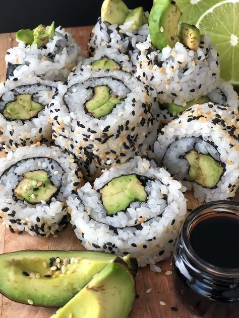 How to Make Easy Vegan Sushi (like a pro!) | simplyceecee | vegan recipe