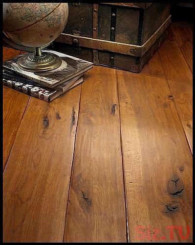 Engineered Hardwood Flooring And Distressed Wood Flooring From Carlisle Wide Pla Https Pickndecor Com Ideas Rustic Wood Floors Engineered Wood Floors Distressed Wood Floors