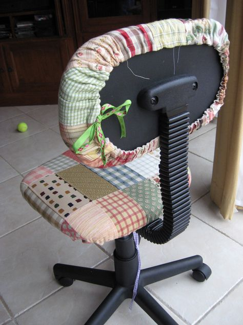 Blissfully Imperfect: Home sewing day. Space Crafts, Home Crafts, Diy And Crafts, Sewing Room Decor, Sewing Rooms, Furniture Covers, Chair Covers, Sewing Tutorials, Sewing Crafts