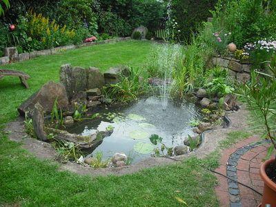 gartenteich mit bachlauf und brücke - Google-Suche | Garten ...