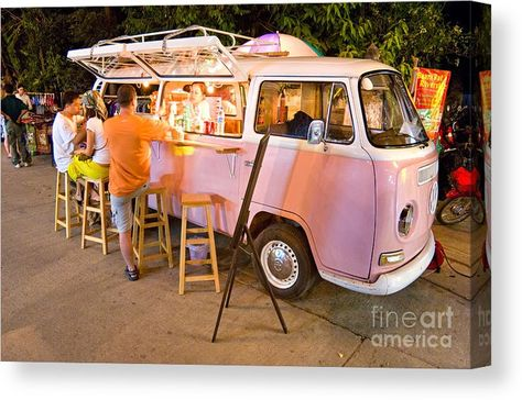 Coffee Carts, Coffee Truck, Mobile Bar, Mobile Shop, Vw Bus For Sale, Vegan Food Truck, Mobile Coffee Shop, Food Truck Business, Bakery Business