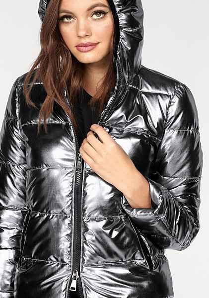Melrose Steppjacke mit Strass Reißverschluss   Lakk jacket